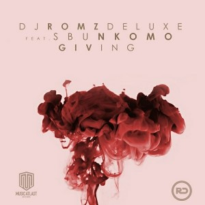 DJ Romz Deluxe & Sbu Nkomo - Giving [Galaxy House Music]